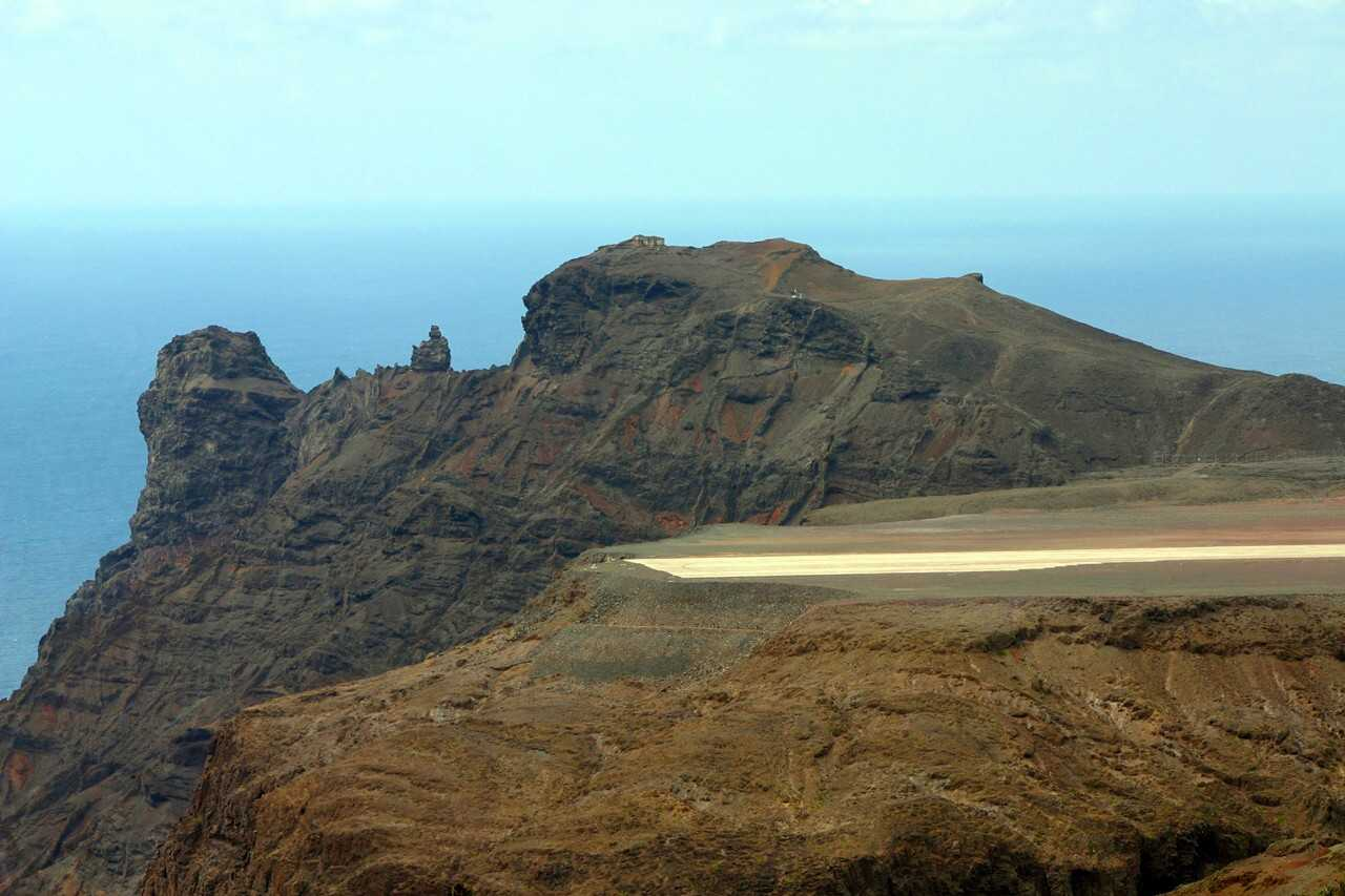 Building St Helena Airport | Saint Helena Island Info: All