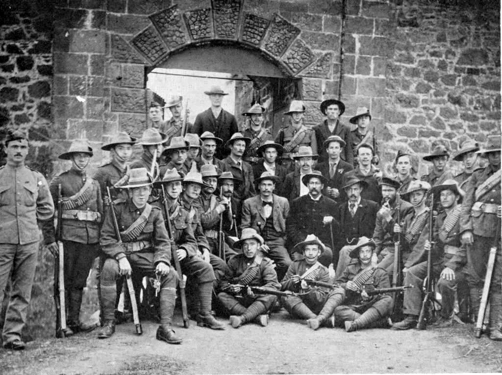 Boers outside High Knoll Fort [Saint Helena Island Info:Exiles]