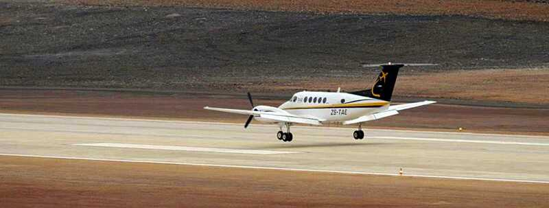 First plane to land at St Helena, 15 September 2015 [Saint Helena Island Info:Building St Helena Airport]
