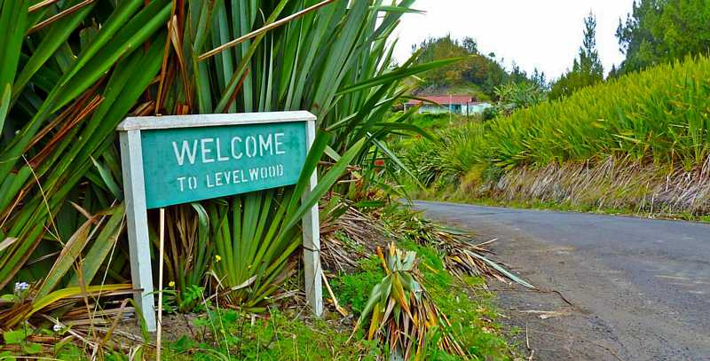 Welcome sign Saint Helena Island Info Levelwood