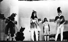 Panto 1975: 'The Blue Mynah Bird of Happiness'