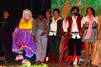 'Babes in the Wood' 2010 Saint Helena Island Info Pantomime