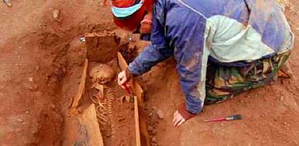 Slave grave excavations [Saint Helena Island Info:Slaves and slavery]