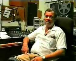 1995: Tony Leo in the studio